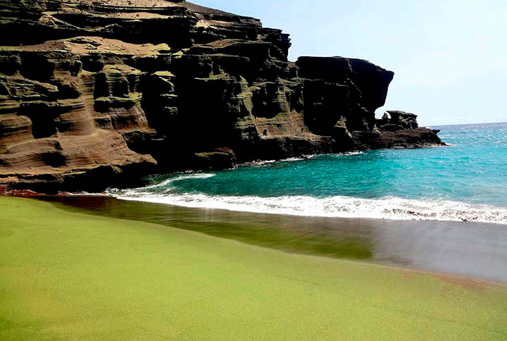 Papakilea Green Sand Beach